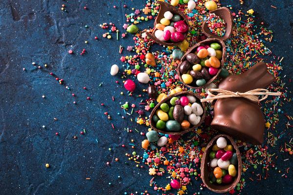 Os ovos de Páscoa são um importante item das tradições seculares relacionadas com a Páscoa.