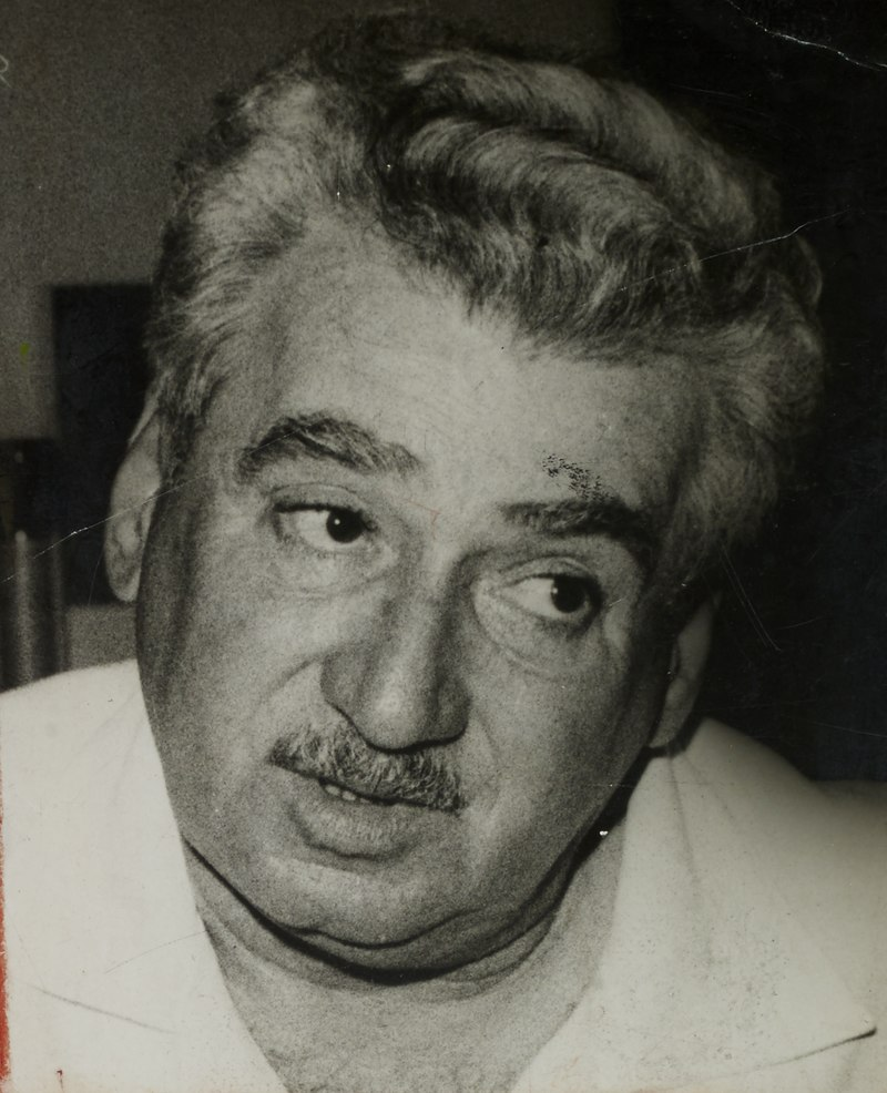 Jorge Amado sofreu diversas perseguições por causa de seu posicionamento político.