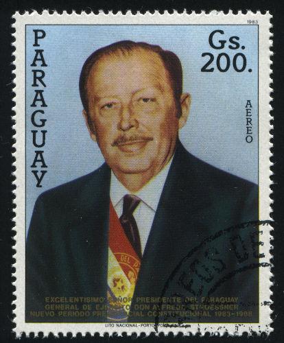 De 1954 a 1989, o Paraguai foi governado pelo ditador Alfredo Stroessner, responsável pela violação dos Direitos Humanos de 20 mil pessoas.[1]