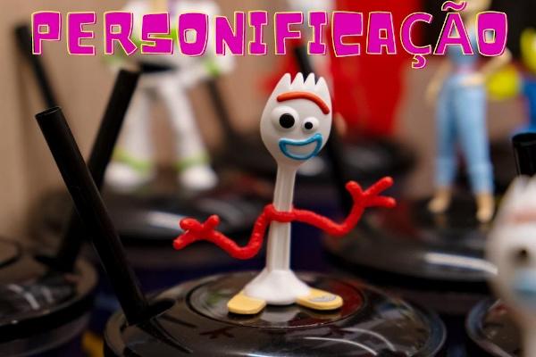 As personagens do filme Toy Story são exemplos de personificação. [1]