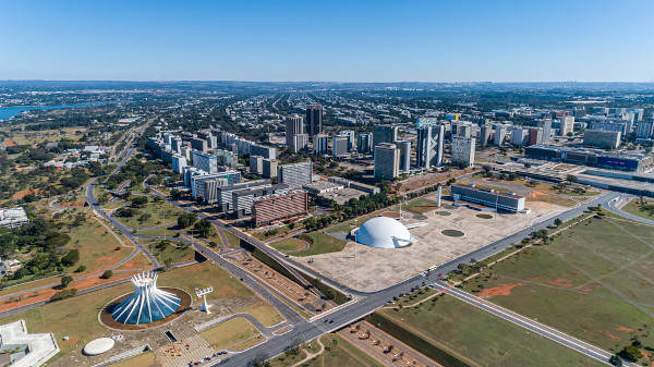 Vista aérea de Brasília, a principal cidade da RIDE.[1]