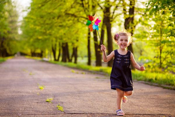 As crianças devem ter um tempo dedicado para o lazer e atividades que lhe dão prazer.