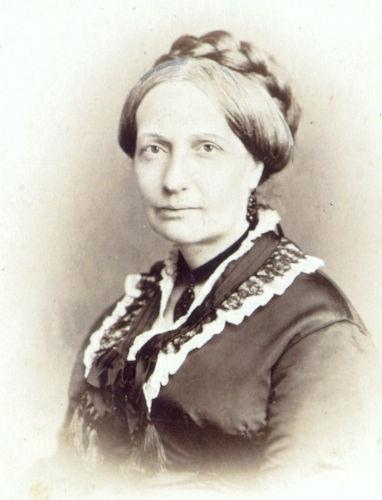 Teresa Cristina Maria casou-se com d. Pedro II, em 1843, e permaneceu casada com ele até seu falecimento, em 1889.[1]
