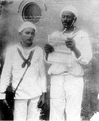 João Cândido Felisberto (à direita) liderou a Revolta da Chibata.