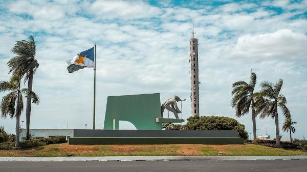 Monumento ao Garimpo em Boa Vista, capital roraimense.