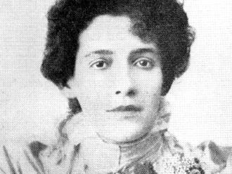 Francisca Júlia