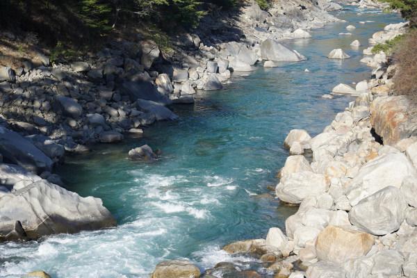 Nascente do rio Ganges em Uttarakhand, norte oriental da Índia.