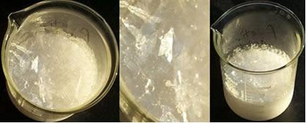 O ácido acético glacial tem aspecto de gelo