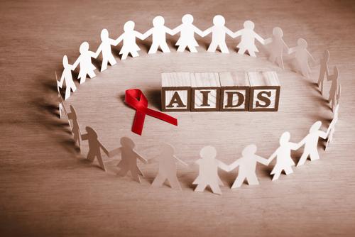 Laço vermelho – símbolo da campanha mundial contra a AIDS