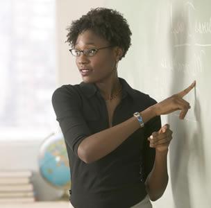 Projeto vai formar professores de português para o exterior