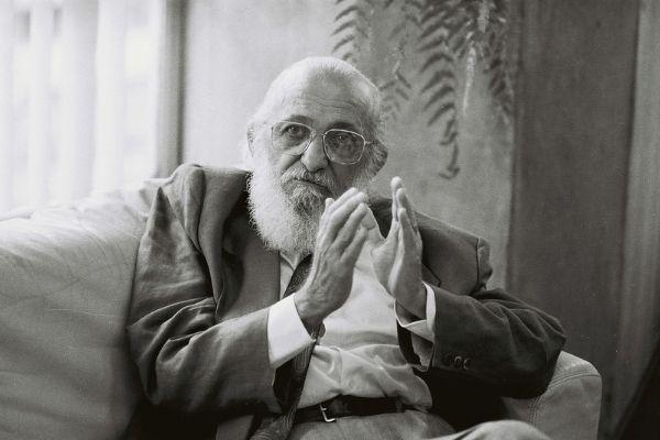 Registro de Paulo Freire durante entrevista para TV francesa*