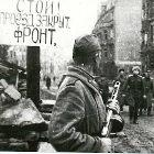 Oficiais alemães dirigindo-se para negociações com os soviéticos em Breslau, Polônia