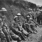 Soldados em trincheira