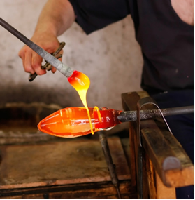 A sílica é usada na produção de vidro