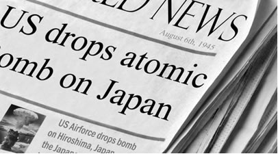 Notícia em jornal norte-americano mencionando a bomba atômica lançada pelos Estados Unidos em Hiroshima no dia 6 de agosto de 1945