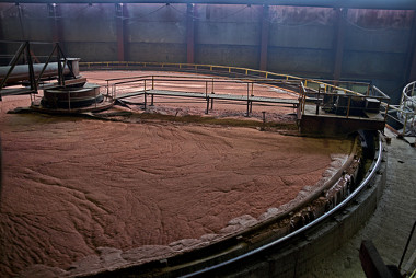Tanque de flotação em estação de tratamento de água