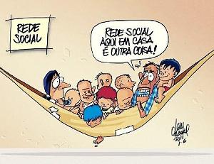 Ivan Cabral, que é mestre em Educação e chargista, alia o humor gráfico à formação intelectual do leitor. Disponível em www.ivancabral.com