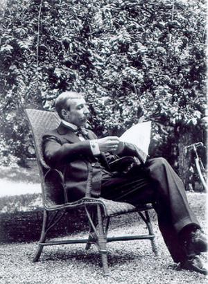 Eça de Queiroz foi jornalista, advogado e cônsul, mas foi a literatura que o imortalizou como um dos mais importantes escritores de Portugal