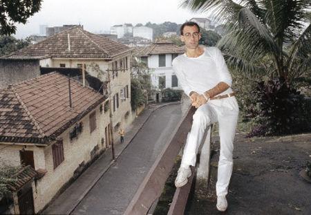 Caio Fernando Abreu no bairro de Santa Teresa, Rio de Janeiro. Imagem cedida por Márcia de Abreu Jacintho