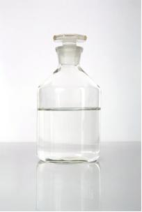 O álcool hidratado é uma solução líquido-líquido