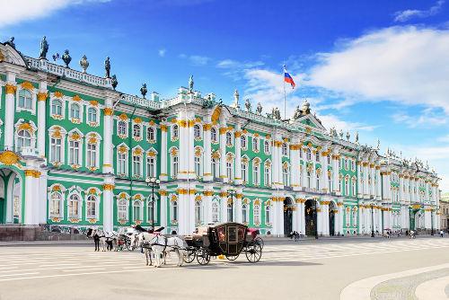 Palácio de Inverno, casa dos czares russos e local no qual aconteceu o Domingo Sangrento em 1905