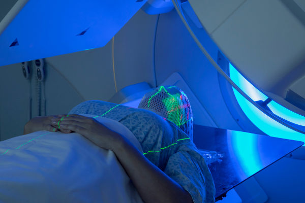 A tomografia é um exame que utiliza radiação ionizante na detecção de males ou doenças.