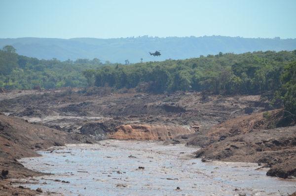 Rompimento da barragem de rejeitos em Brumadinho, Minas Gerais. (Crédito da imagem: Corpo de Bombeiros de Minas Gerais.)
