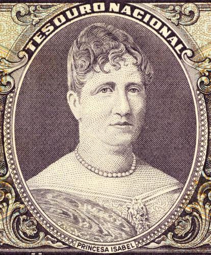 A Lei Áurea foi aprovada depois que a princesa Isabel assinou a lei, em 13 de maio de 1888.*