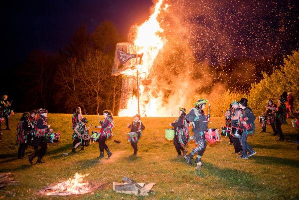 O Halloween surgiu do Samhain, uma festa tradicional dos celtas.[1]