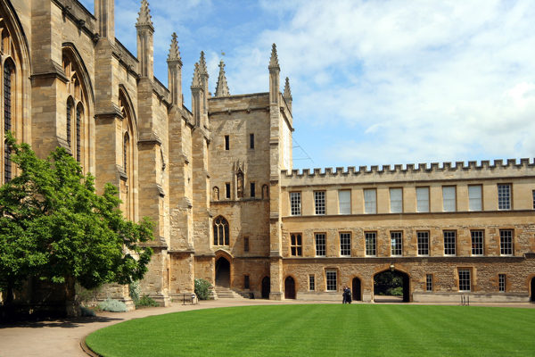 Universidade de Oxford, na Inglaterra.