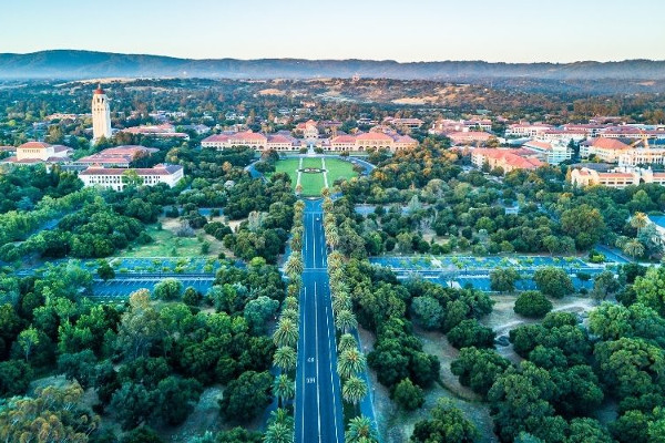 Stanford University, nos Estados Unidos