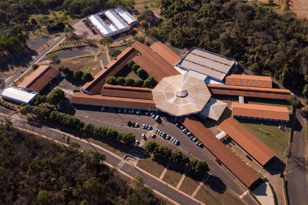 Campus Fernandópolis da Universidade Brasil / Crédito: divulgação